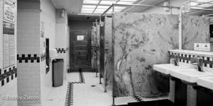 workplace-restroom-odor-control